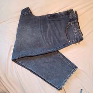 Rickis cropped jeans with distressed hem size 16